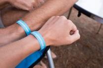 Camping-armbandjes: ff wennen