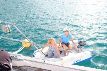 Gelukt, onze boot zit vast aan de mooring
